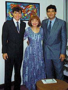 1994 with your mother Rosario Caparó and the Painter Luis Hoyos